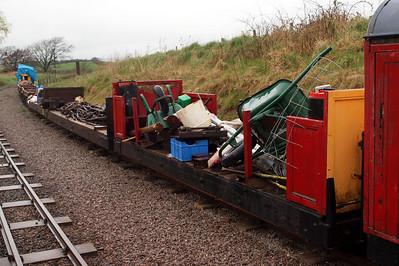 Wagon X (the manrider), Bogie Flat 2 and Wagon W (bogie flat 1). 11//04/11.
