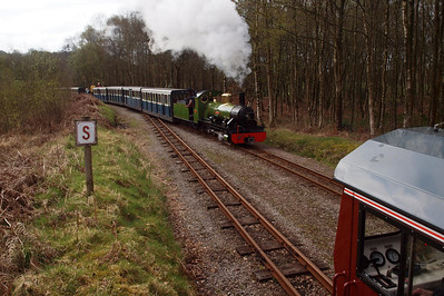 River Irt arrives at Miteside with the 1350 Ravenglass - Dalegarth. 11//04/11.