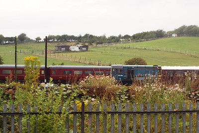 08485 outside Carnforth shed with 6724 and 9493 to the left. 06/08/11.