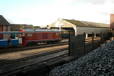 Douglas Ferreira leaves Ravenglass, seen from the coaling stage, 16/12/06.