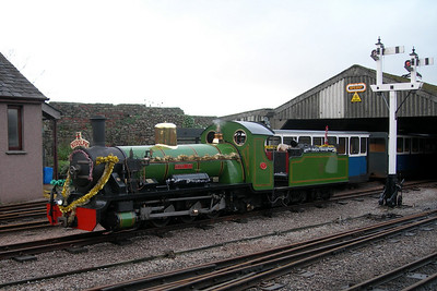 River Irt, sleigh loco, outside the carriage shed, 09/12/06.