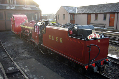 River Mite, as Rudolph the Red Nosed Engine at Ravenglass, 15/12/07.