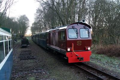 Douglas Ferreira passes Murthwaite siding, 06/12/08.