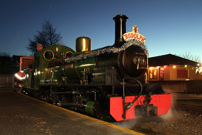 River Irt and Santa's Sleigh sit at Ravenglass, 12/12/09.