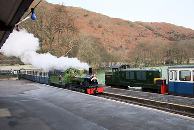 River Irt arrives at Dalegarth, passing Lady Wakefield, 13/12/09.
