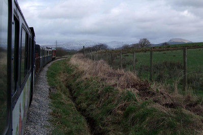 And we're off to a flying start with the 2008 operating season - Douglas Ferreira heads out of Ravenglass at Raven Villa, bound for the hills, 02/02/08.