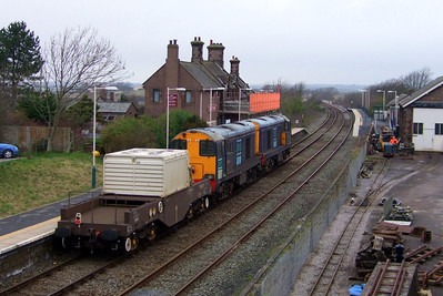 20303 and 20304 head north through Ravenglass with 6C53 Crewe Coal Sidings - Sellafield, 28/02/09.
