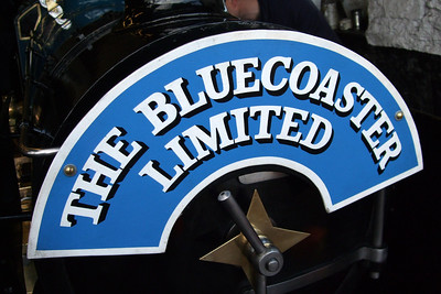 Hurricane's headboard - The Bluecoaster Limited.  02/05/08.