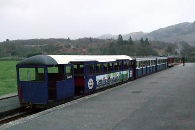 Douglas Ferreira and three coaches arrive at Dalegarth..., 03/01/08.