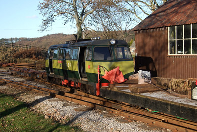 Shelagh of Eskdale on permanent way duties at Irton Road, 06/01/09.