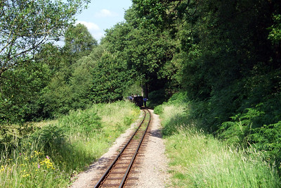 Only the second time I've had to go back to protect a failed train... Lady Wakefield overheated at Coronation Street, between Murthwaite Halt and the bottom of Horsefalls Wood, so I was sent back towards Murthwaite to stop the approaching RANDER 99 - Douglas Ferreira, 02/07/09.