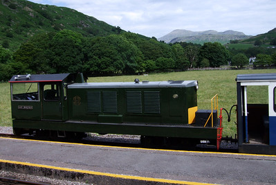 Lady Wakefield and Scafell at Dalegarth, 02/07/09.