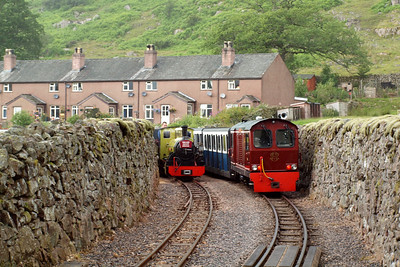 Dalegarth cottages in the background and Northern Rock and Douglas Ferreira await the next move. 08/07/11.
