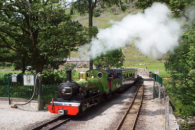 River Irt arrives at Dalegarth for Boot. 06/06/11.