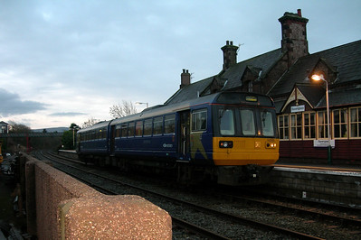 142005 puts in an early morning appearance at Ravenglass, 25/11/06.