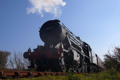 48151 Gauge O Guild leaves Ravenglass having deposited passengers from a PMRT charter, 20/10/07.