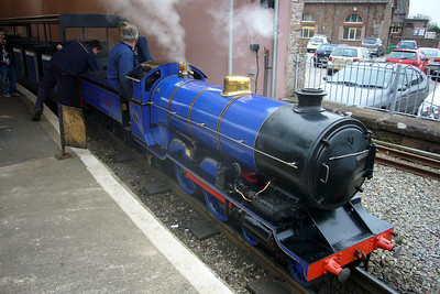 Synolda prepares to depart on a staff special to Miteside, 07/10/07.