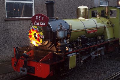 Northern Rock, adorned with headboard and wreath, with the memorial train. 08/10/11.
