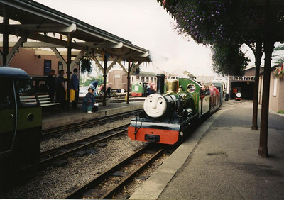 "River Irt, ""Bert"", arrives at Ravenglass, October 1994. NB Flower of the Forest (""La'al Toby""), River Esk (""Rex""), Blacolvesley and the Silver Jubilee railcar were also around the station, October 1994."