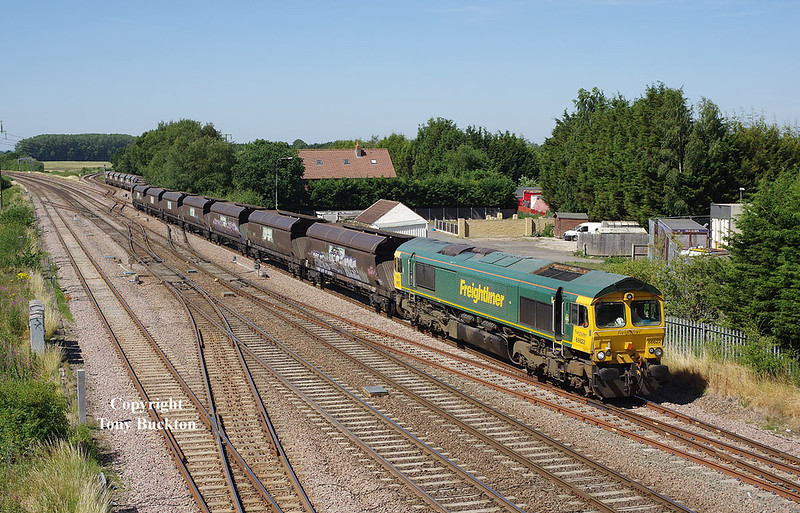 66622 passes Stainforth at 10:50 on Monday 2nd July 2018 with the 09:22 Hunslet Yard - Immingham Bulk Terminal empty hoppers.
