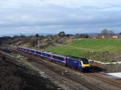 43035 + 43145 1L55 11:29 Swansea to Paddington Pilning 1258