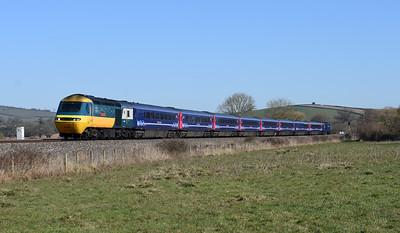 43002 leading 43023 OC37   1C76 0858 Paddington - Plymouth  Silverton 1143