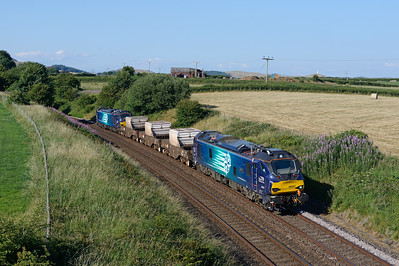"88007 ""Electra"" & 88010 ""Aurora"" top & tail the Heysham-Sellafield flasks at Pennington on 4/7/18."