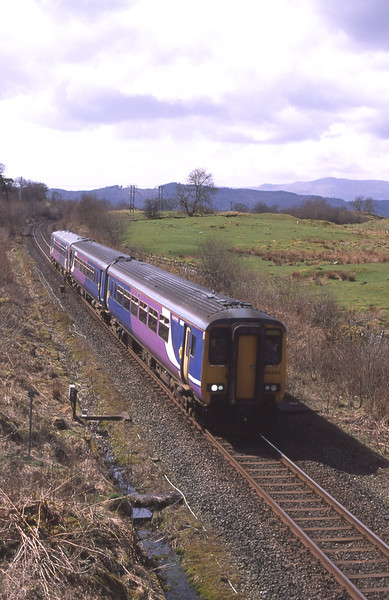 156440 and 153358 top Blackmoss with the 13:58 Windermere - Oxenholme, 16/4/2018.