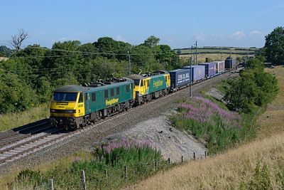 90046 + 90045 pass Yealand with the Russell train on 7/7/18.