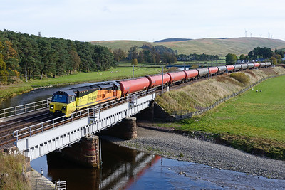 70817 crosses the Clyde at Crawford with the Dalston-Grangemouth tanks on 6/10/18.
