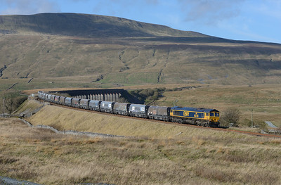 "66740 ""Sarah"" passes Ribblehead with an Arcow-Pendleton stone train on 2/11/18."