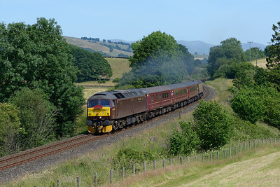 47245 passes Fairbank with the 14.40 Oxenholme-Windermere on 1/7/18, the last day of the West Coast service.