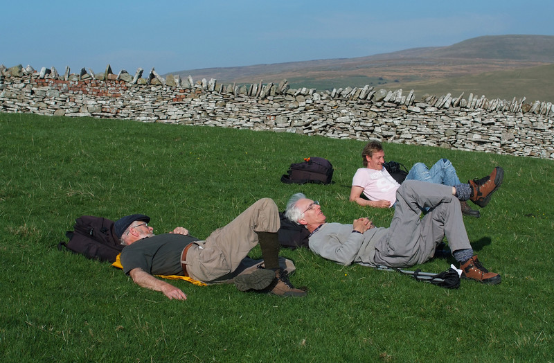 A trio of top photographers relax at Birkett.14/04/2007.