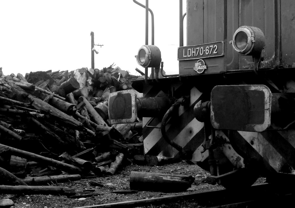 Main line loco in the exchange sidings