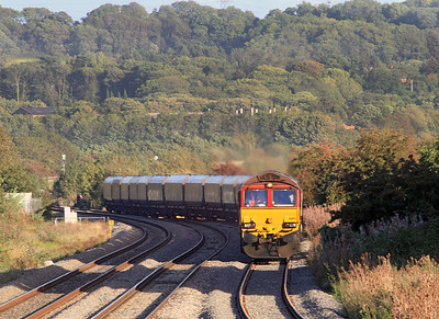 66194 heads into Pilning Loop with 6B73 17.22 Avonmouth to Aberthaw Power Staion loaded hoppers. 13/09/2011