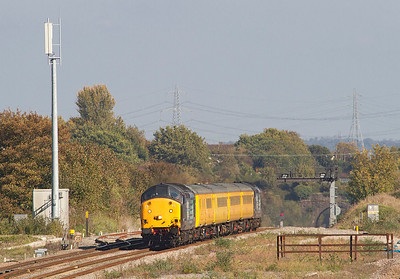 The Radio Survey Train 1Q13 with 37601 leading and 37611 on the rear arrives at Severn Tunnel Junction to reverse before heading to Bristol. 28/09/2011