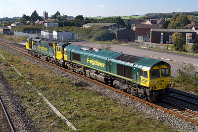 70011 passes Severn Tunnel Junction with 66596 DIT from Stoke Gifford to Crewe. 28/09/2011