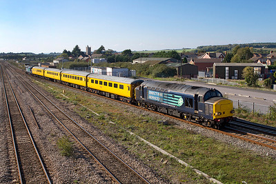 Having waited time on the down relief line, 37611 leads the Radio Survey Train wrong line to cross over at the end of the platforms and return to Bristol, 37601 is on the rear. 28/09/2011