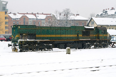 Co-Co Freight loco 664-109 built Croatia 1984 stabled east end of Ljubljana station. Wednesday 13th February 2013.