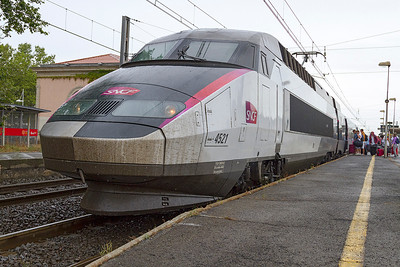 TGV 4521 loads at Agde forming 9868 13.11 Perpignan to Brussels Midi where it will arrive at 20.42. Saturday 17th August 2013.