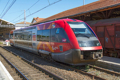 Single car DMU 73582 stabled at Carcassonne. Thursday 15th August 2013.