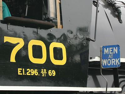 SP&S 700 5