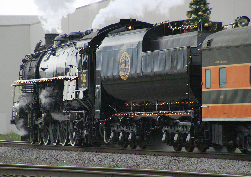 SPampS 700 on the Santa Train 4 %2838097077%29