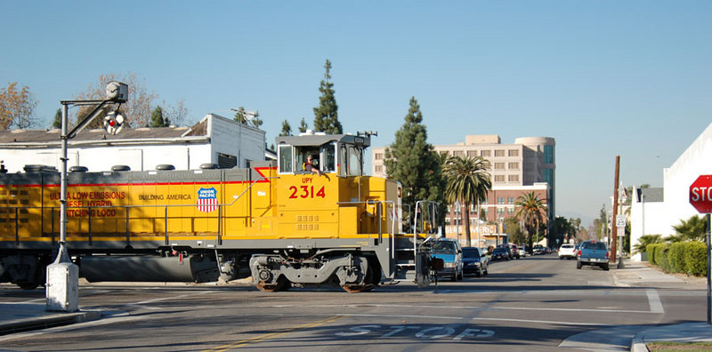 """UPY 2314 is a brand new GG20B """"green goat,"""" a 2000 hp hybrid switching locomotive. It runs primarily on battery power with a small diesel engine for charging. A set of these engines has recently arrived on the Santa Ana Branch."""