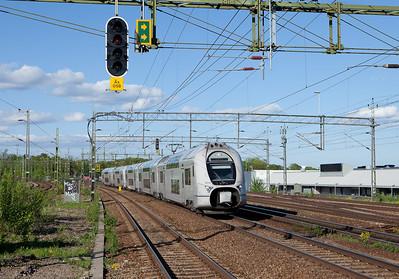 X33 in Älvsjö.