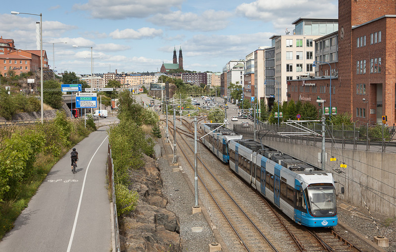 Tvärbanan in Liljeholmen.