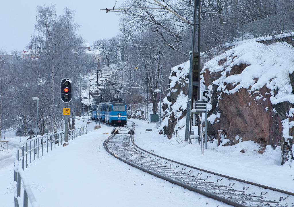 Lidingöbanan leaving Torsvik westbound.