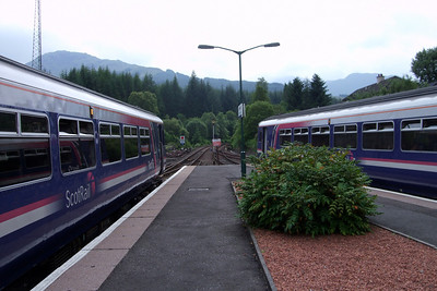 Two First ScotRail Class 156s at Crianlarich, 03/07/09.