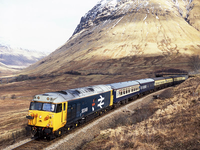 "50049 ""Defiance"" leads a Pathfinder Scottish weekend tour on the horseshoe between Bridge of Orchy and County March summit 6/3/05.  50031 is out of sight on the rear."