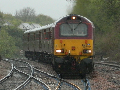 DB Schenker 67007 operating the Scotrail Loco-Hauled set throurh Dalmeny Station and round the Fife Circle